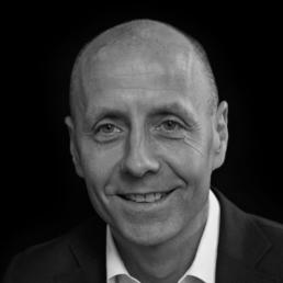 Arnt Gustafsson, Direktør